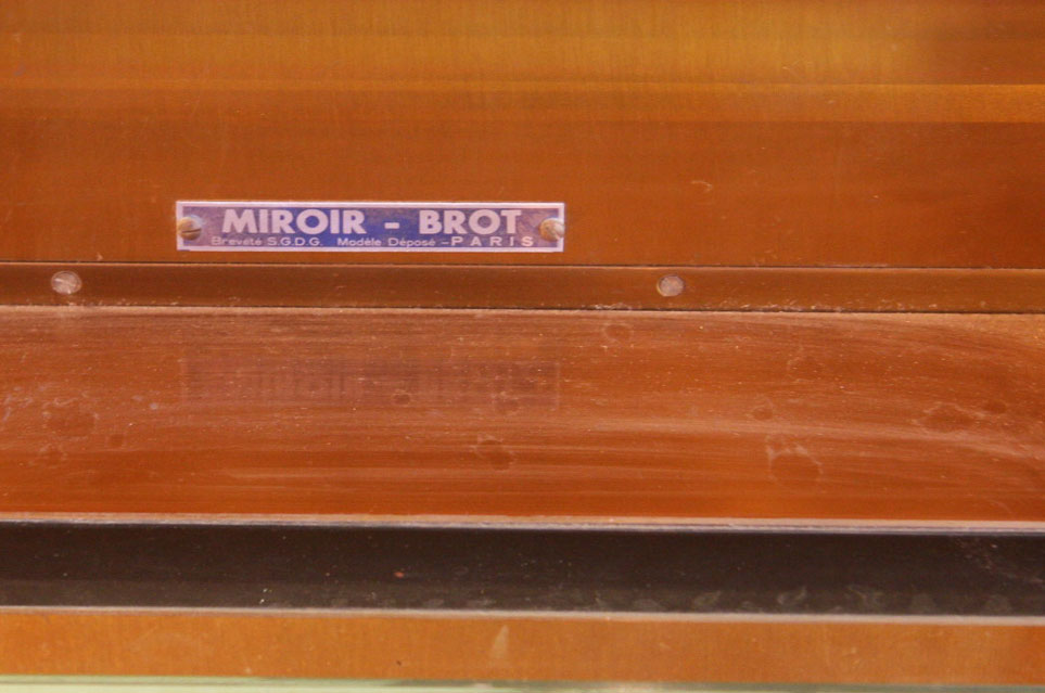 Miroir tryptique eclairant de la maison brot for Miroir invention