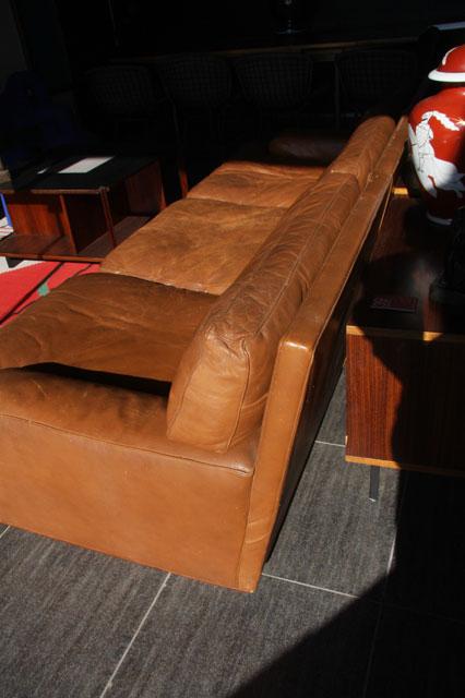 Canape 3 places en cuir de la maison du danemark - Canape bonne qualite ...