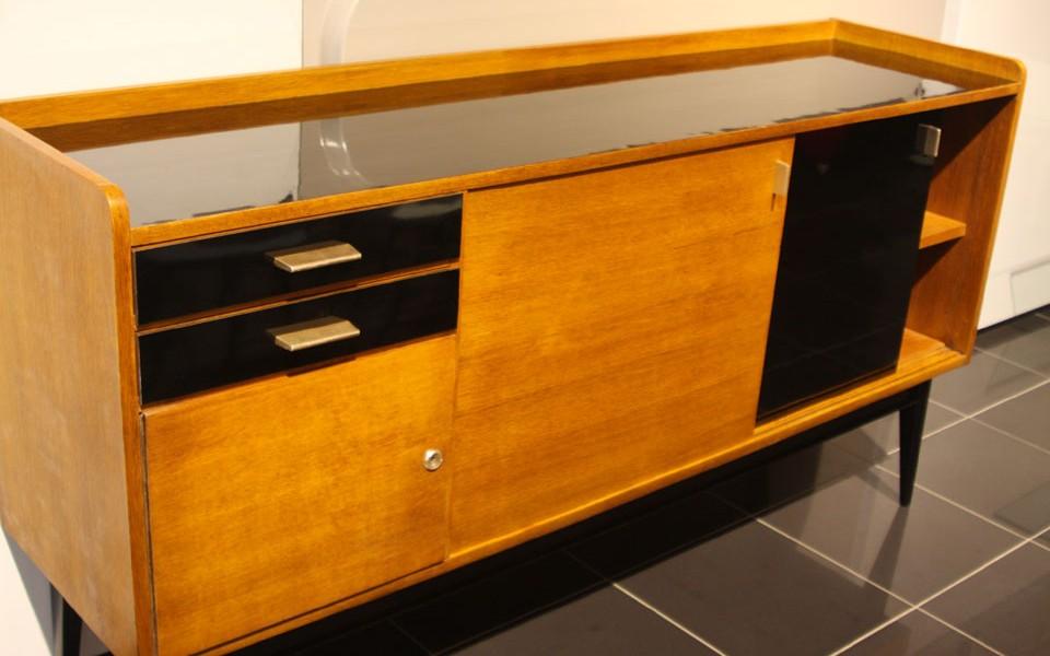 39Galerie présente un meuble de rangement Maurice PRE