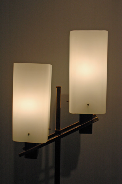 lampadaire bronze et larbre 39galerie s b et 39galerie. Black Bedroom Furniture Sets. Home Design Ideas