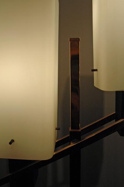 Lampadaire design italien, socle en marbre et pieds en bronze