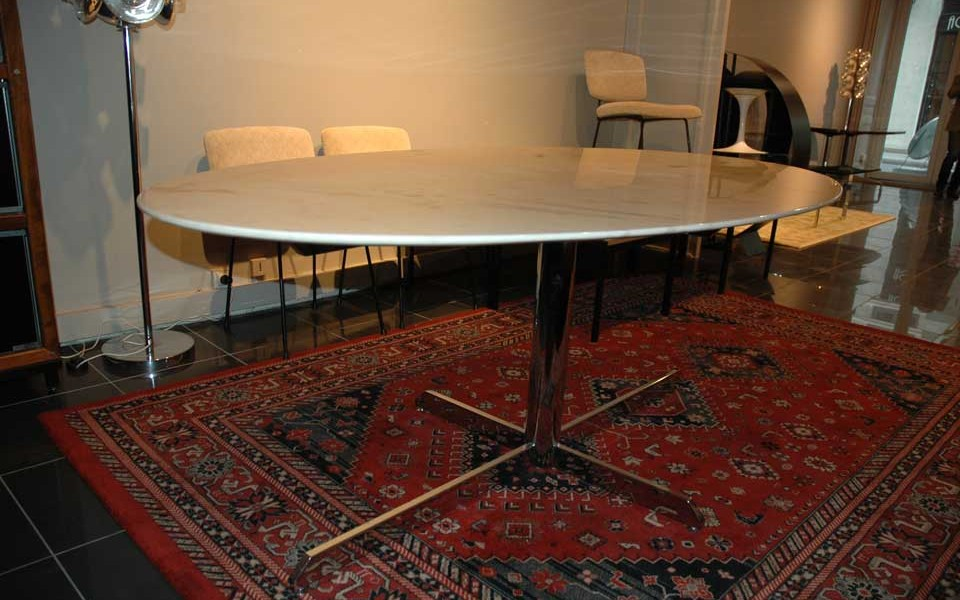 table-tulip-eero-saarinen-01