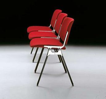 Chaises Plia de chez Castelli design Piretti | 39GALERIE S.B