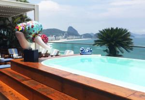 39Galerie Agent d'Artistes : Fabienne Ferrer - plongeuse piscine RIO
